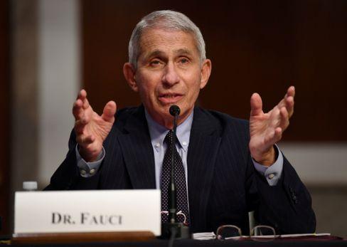 """US-Immonologe Anthony Fauci über steigende Infektionszahlen: """"todsicherer Hinweis darauf, dass man sich in einem Prozess befindet, bei dem man auf ein Wiederaufflammen zusteuert"""""""