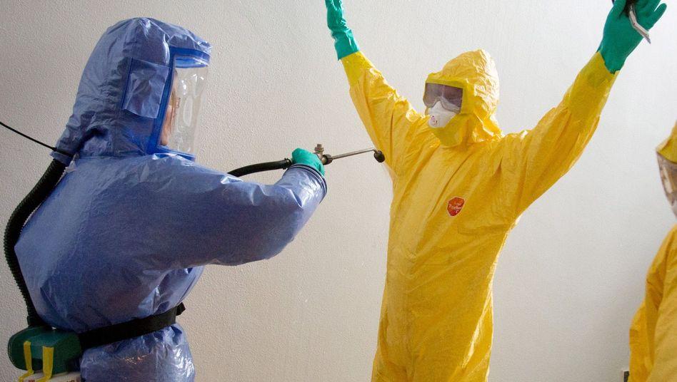 """Ebola-Übung in Hamburg: """"Die bringen uns die Seuche"""""""