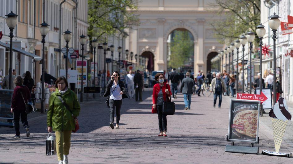 Einkaufsmeile in Potsdam: Was ist aus den Lockerungskriterien geworden?