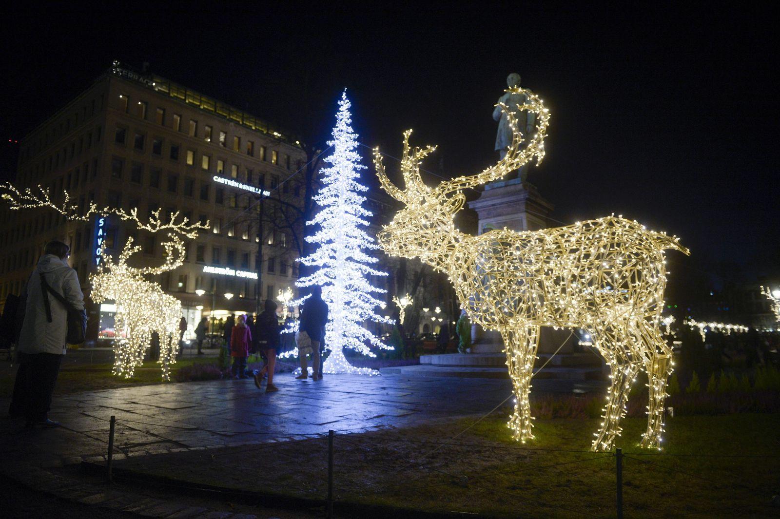 Seasonal illumination in Helsinki