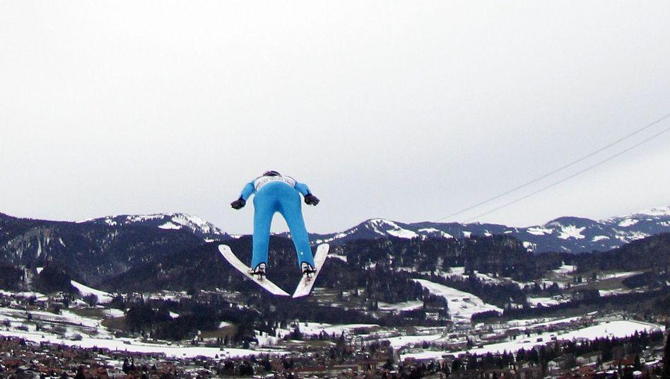 DSV-Springer Schmitt: in Oberstdorf qualifiziert