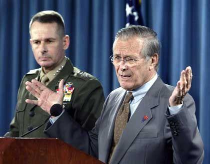 """Rumsfeld zur Lage im Irak: """"Statistisch nicht sicherer"""""""