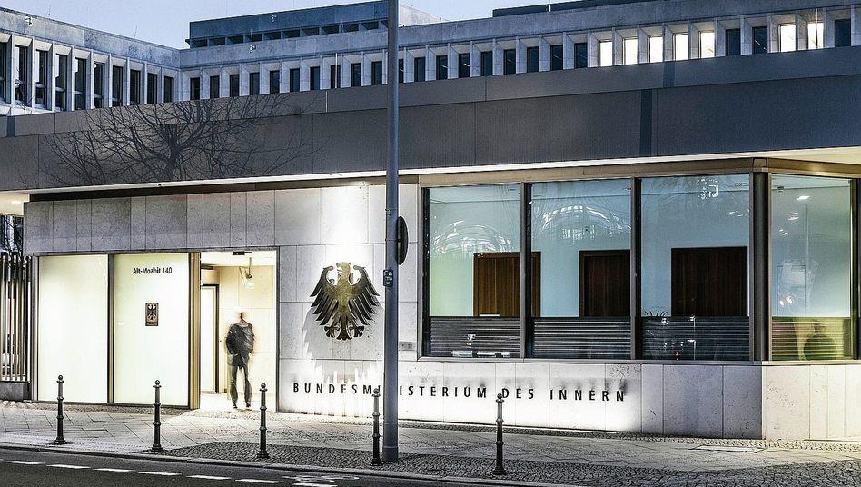 Bundesinnenministerium: Zahl der Spitzenbeamten von 14 auf 20 gestiegen