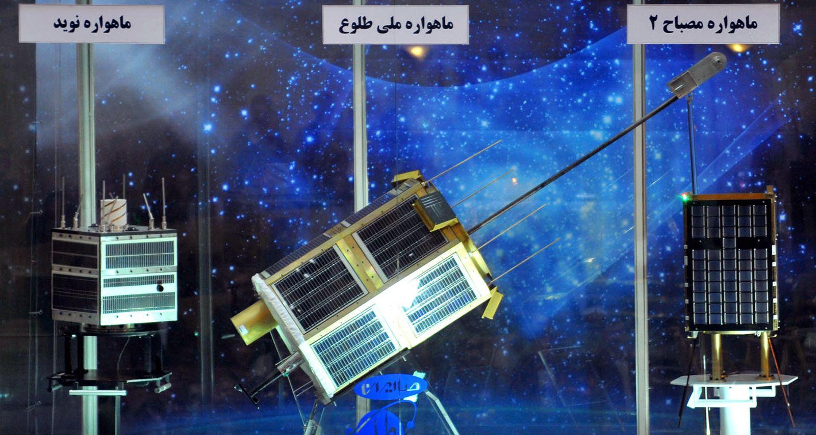 Iran / Navid / Satellit