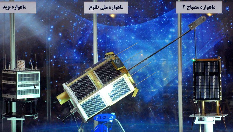 """Satelliten """"Navid"""" und """"Tolo"""" (in Teheran, 2010): """"Bilder von der Erde aufnehmen"""""""