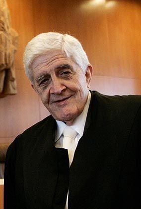 Burkhard Hirsch: der ehemalige Vizepräsident des Bundestages geht gegen die Vorratsdatenspeicherung nach Karlsruhe
