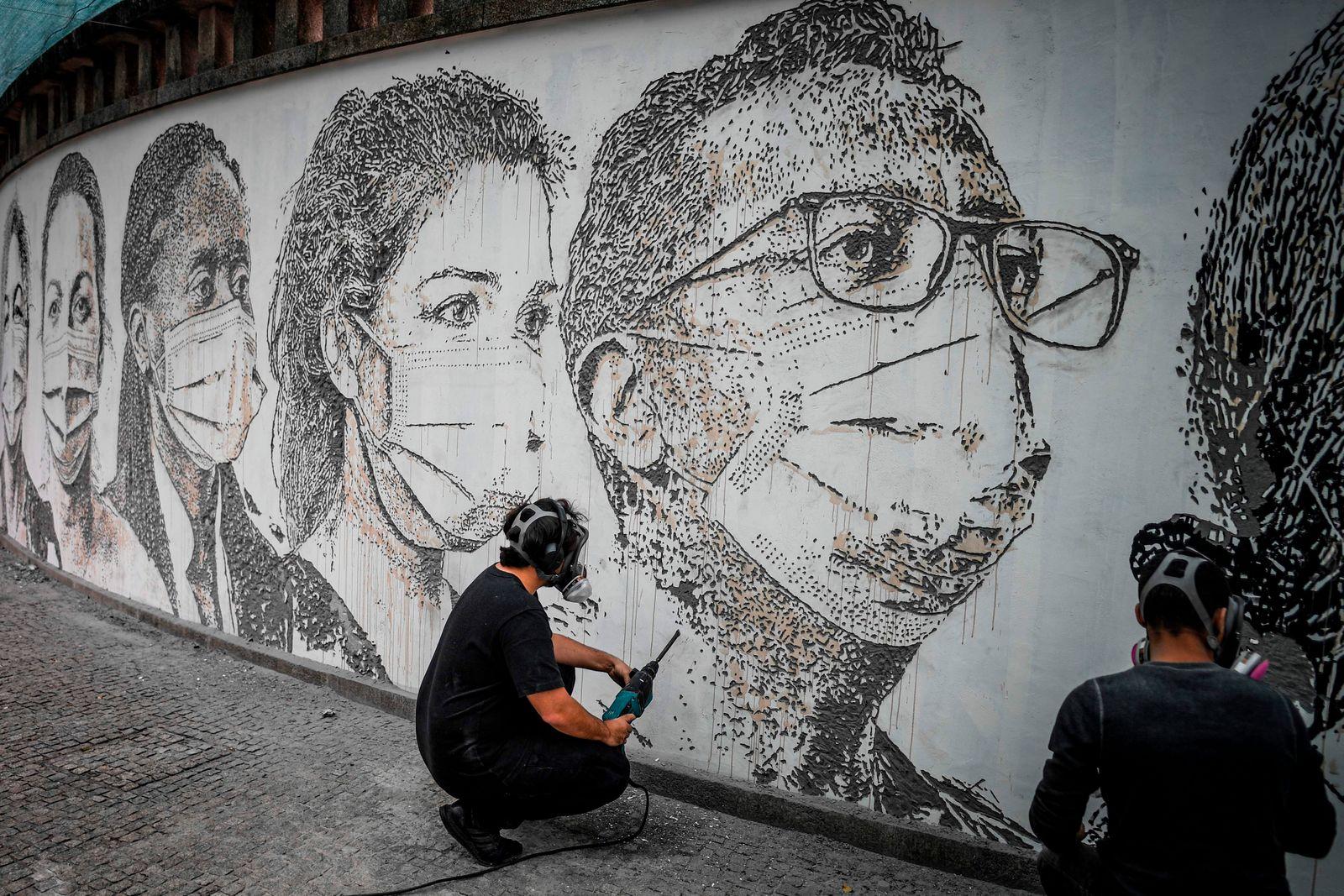 PORTUGAL-ART-VIRUS-HEALTH