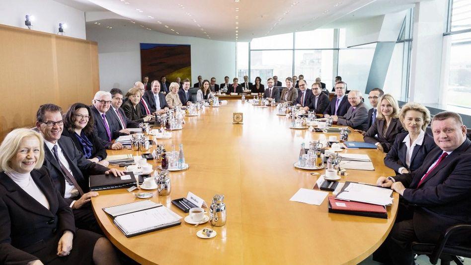 Sitzung des Bundeskabinetts: Plus und Minus ergibt null