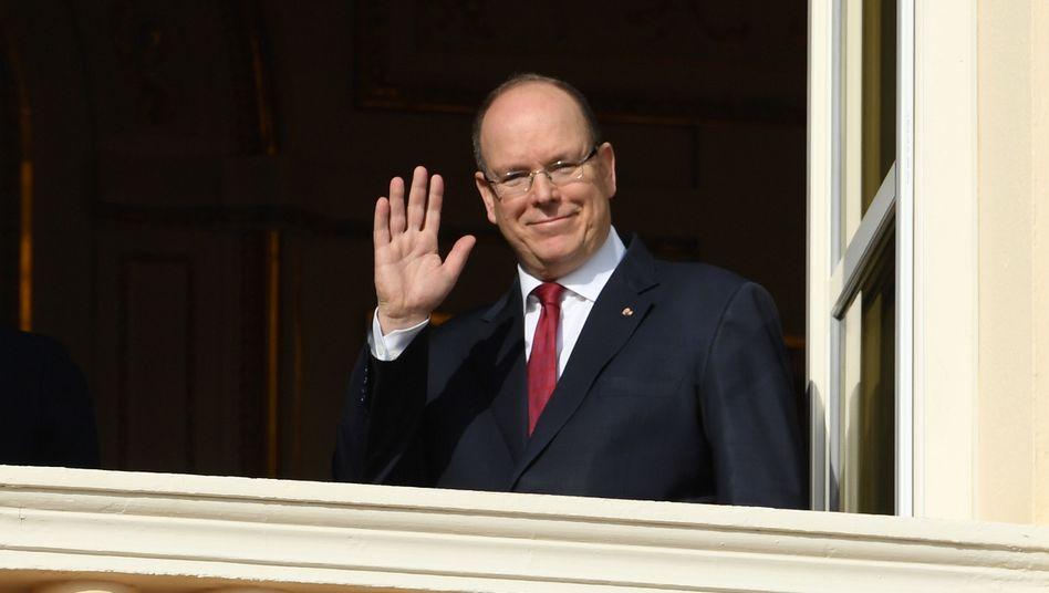 Albert II.setze seine Arbeit im Büro seiner Privatwohnung fort hieß es aus dem Palast