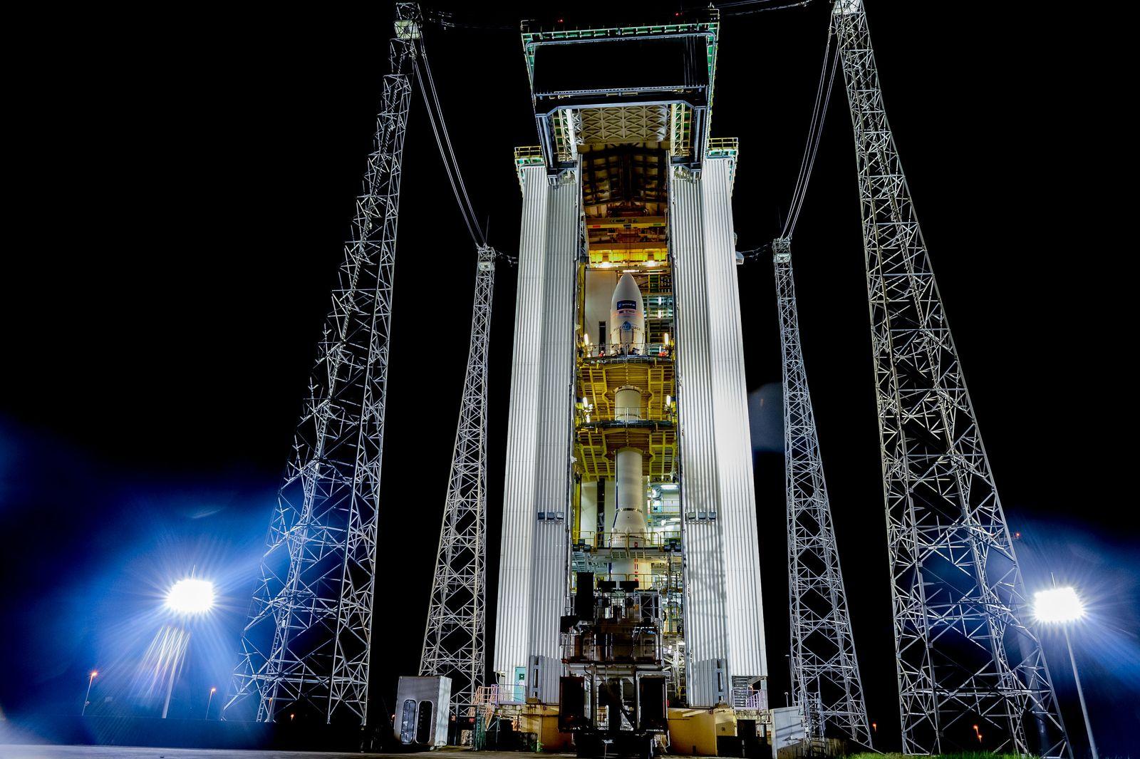 Vor Start einer Vega-Rakete mit Satellit Sentinel-2A