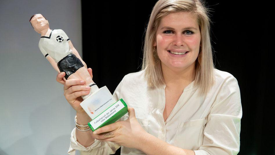 Imke Wübbenhorst hat einen Preis für den Fußballspruch des Jahres erhalten