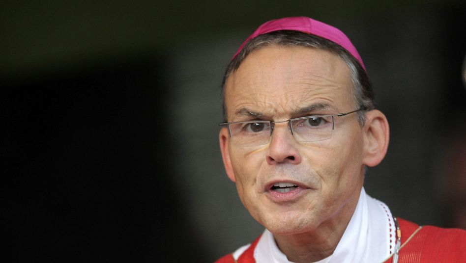 Franz-Peter Tebartz-van Elst (Oktober 2013): Früherer Bischof von Limburg