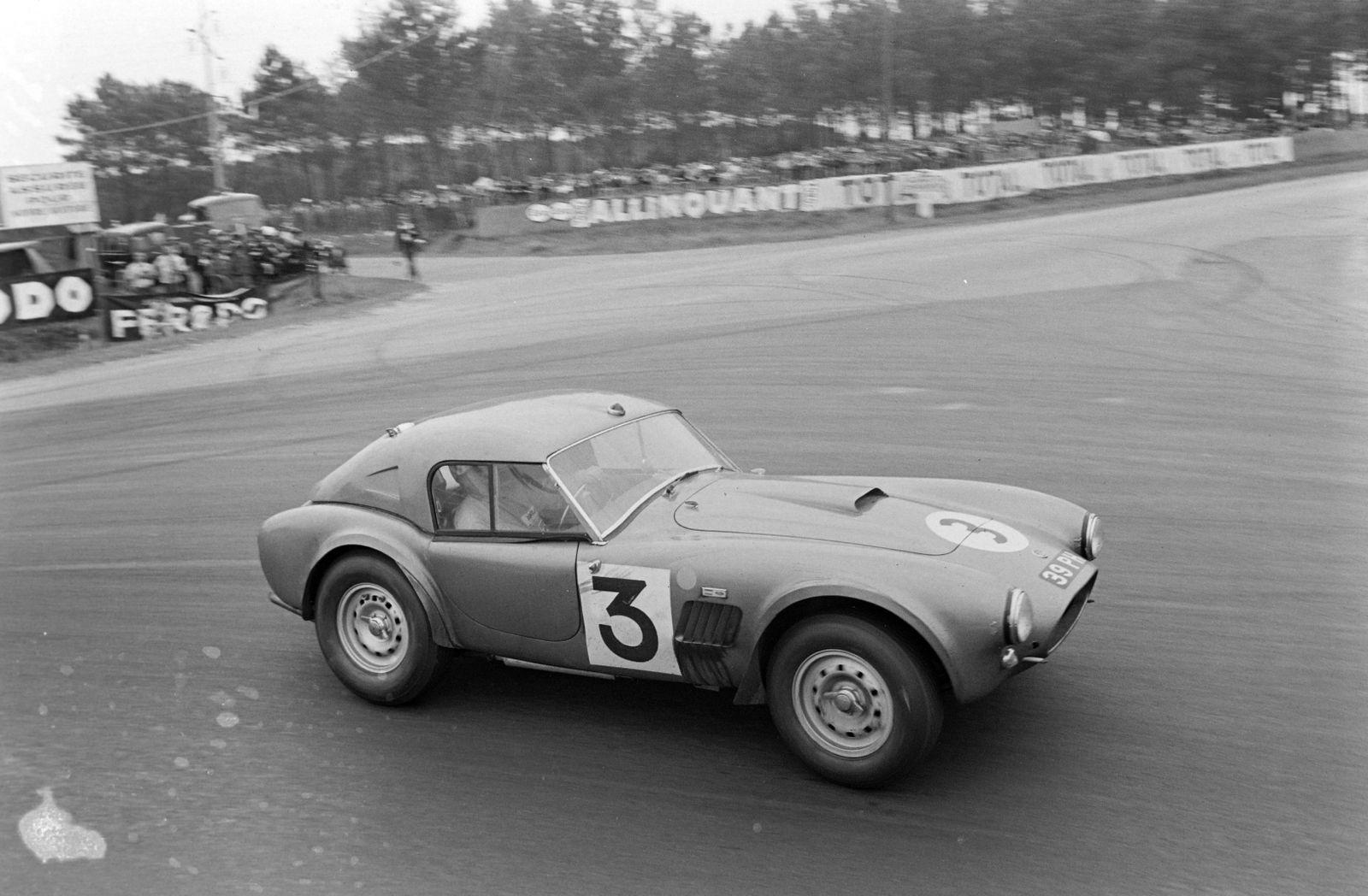 1963 24 Hours of Le Mans CIRCUIT DE LA SARTHE FRANCE JUNE 16 Peter Bolton Ninian Sanderson AC