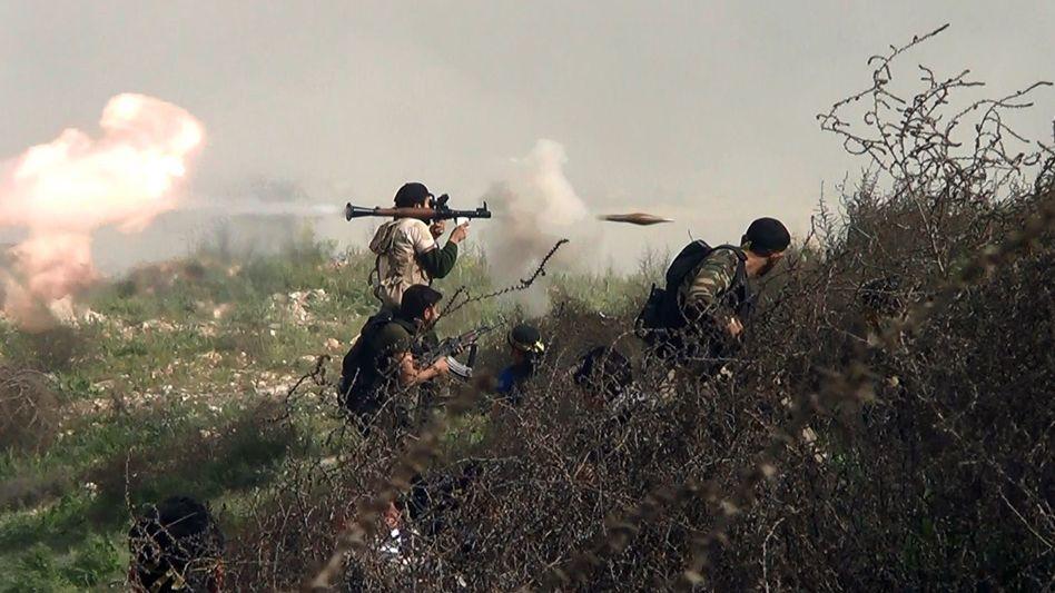 Syrische Rebellen bei Khanasser: Neue Waffen für die Aufständischen