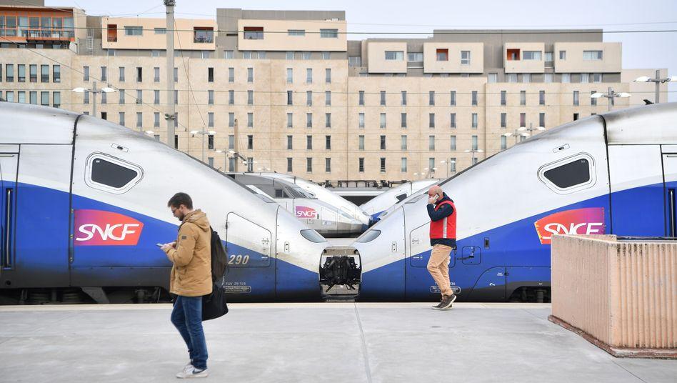 Bahnhof in Marseille: Künftig sollen die Franzosen auf kürzeren Strecken den TGV statt das Flugzeug nehmen