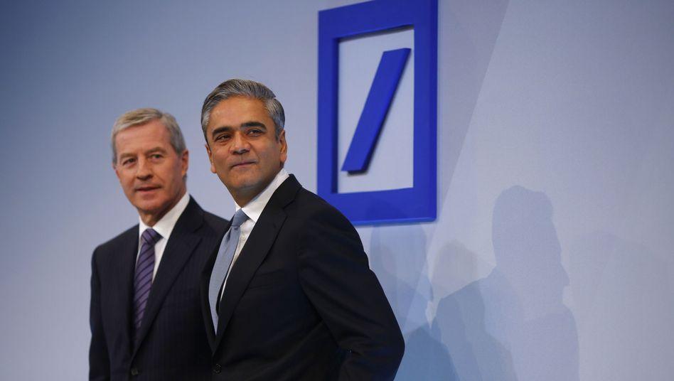 Deutsche-Bank-Chefs Fitschen (links) und Jain: Harte Kritik von der Aufsicht
