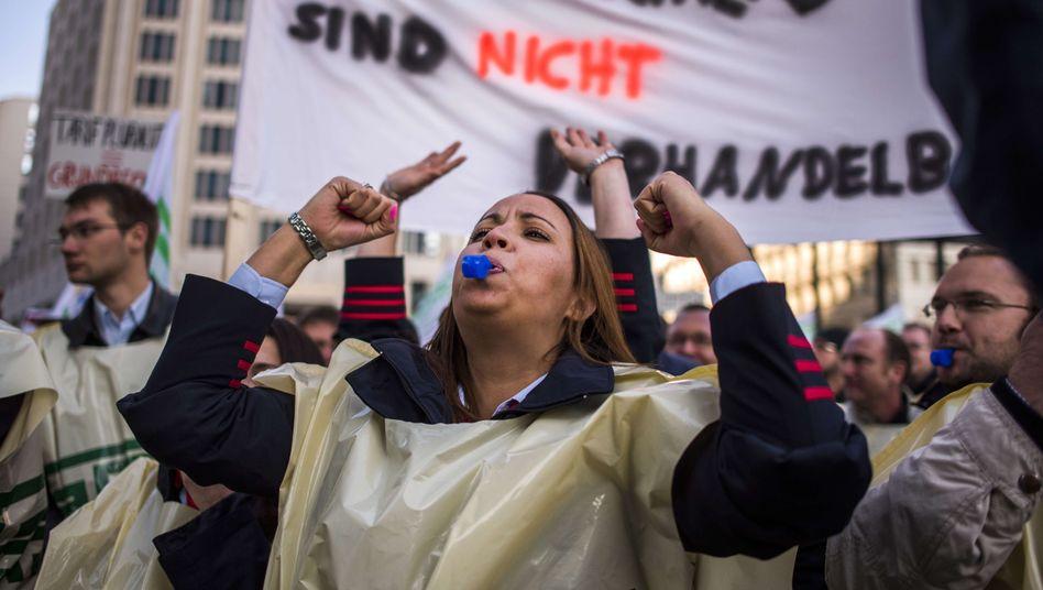 Streikende GDLer: Am Samstagabend endet der Streik bei der Bahn