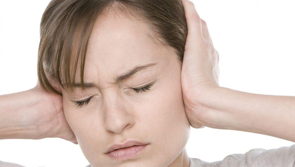 Unerträglicher Lärm: Tastaturen klappern, Kopierer surren, Kollegen telefonieren