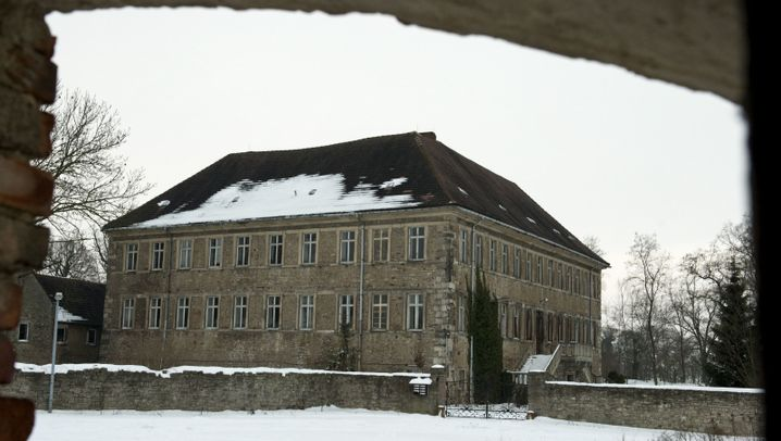 Photo Gallery: The Palace of the Neo-Nazis