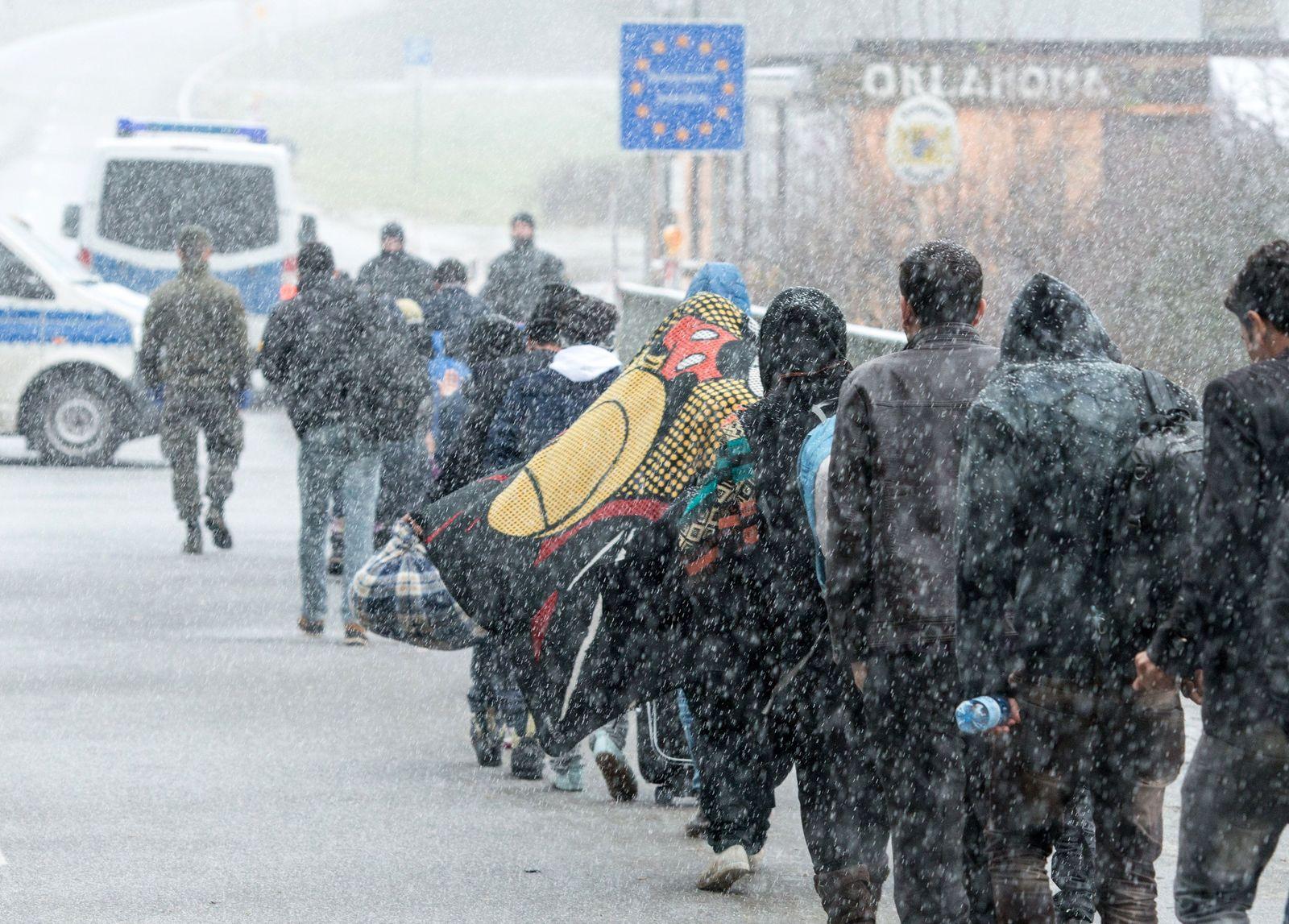 Flüchtlinge Grenze Bayern