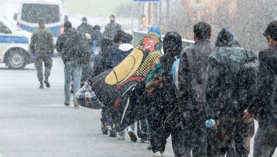 """Flüchtlinge an deutsch-österreichischer Grenze bei Wegscheid: """"Eine ehrenwerte Wahl getroffen"""""""