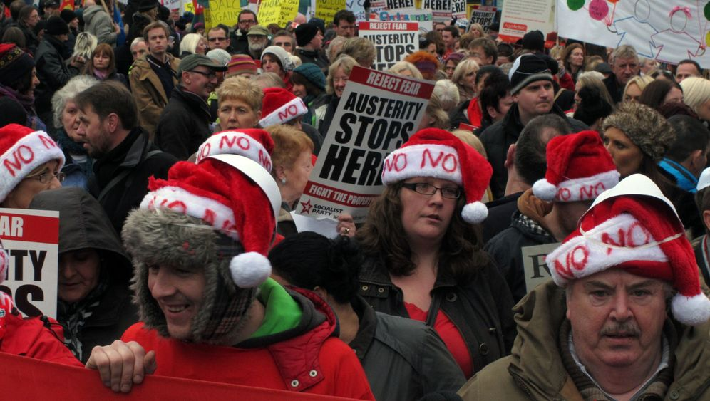 Irland: Tausende Menschen demonstrieren gegen Sparhaushalt