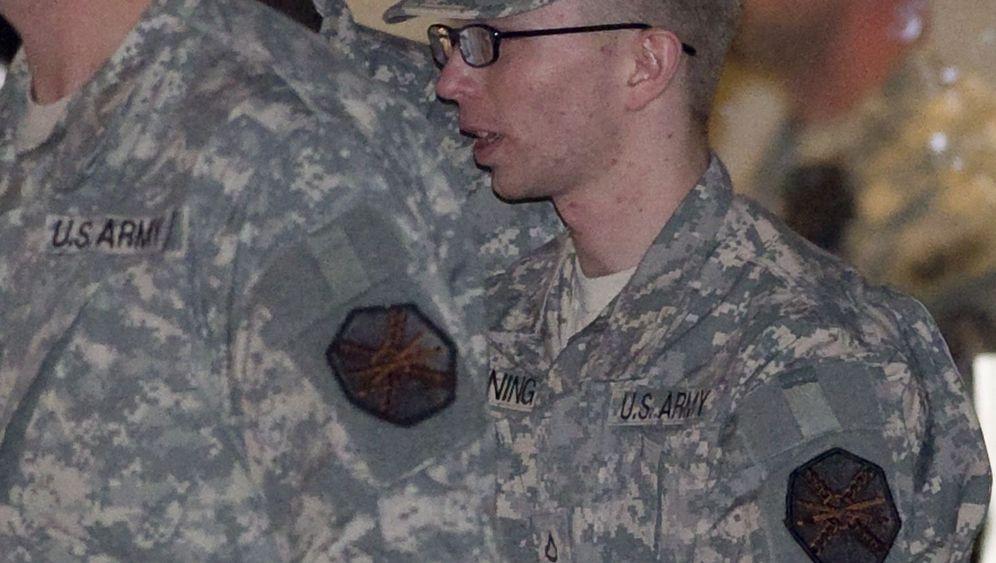 US-Soldat Bradley Manning: WikiLeaks-Informant erstmals vor Militärgericht