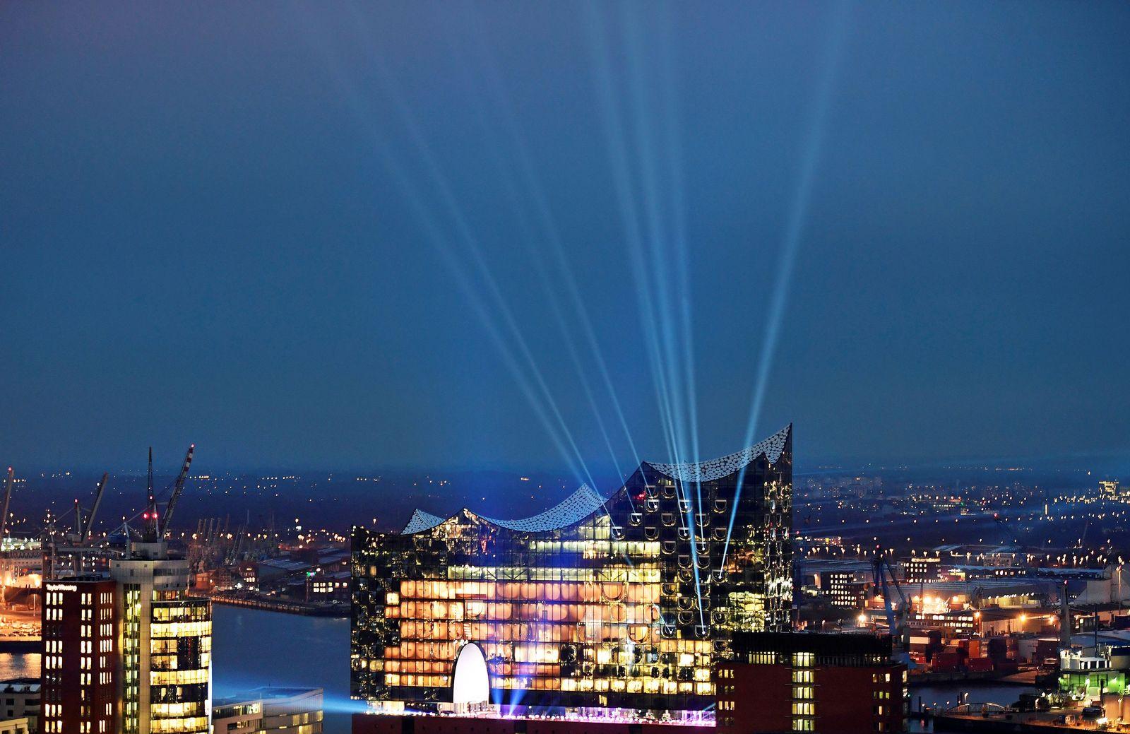 Strom/ Hamburg / Elbphilharmonie / Beleuchtung / Energie