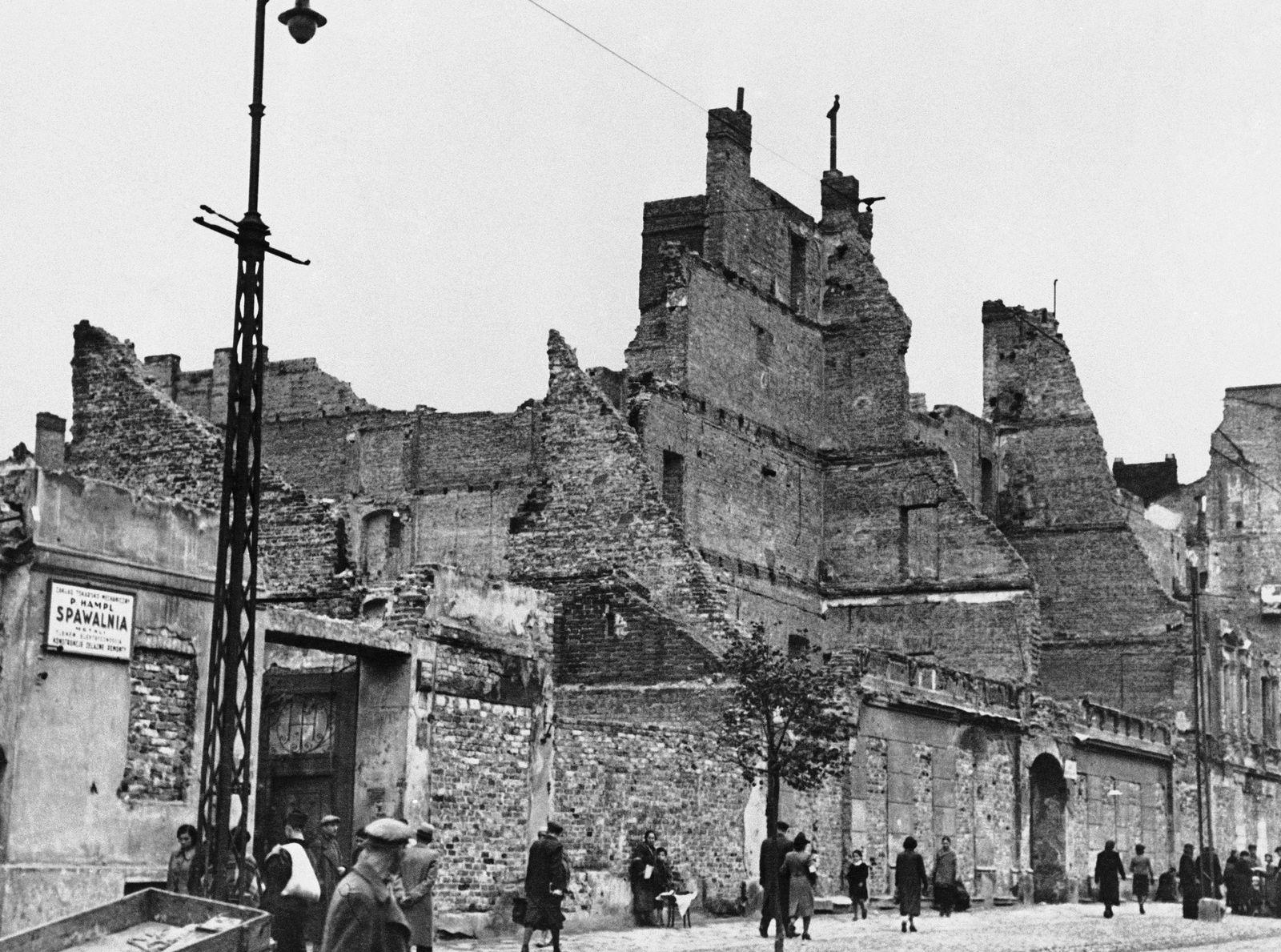 WWII Germany Invades Poland 1939