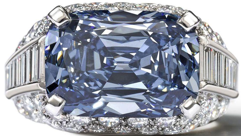 Blauer Diamant: Rekordpreis für ein Schmuckstück
