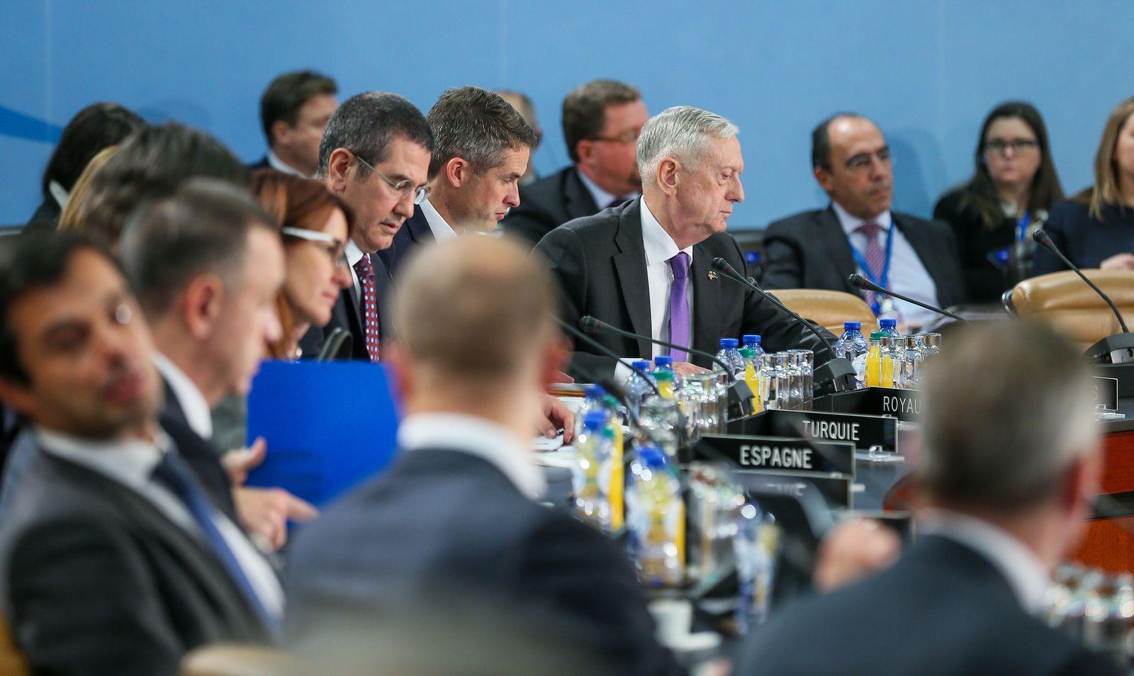 NATO Verteidigunsminister Treffen 2017