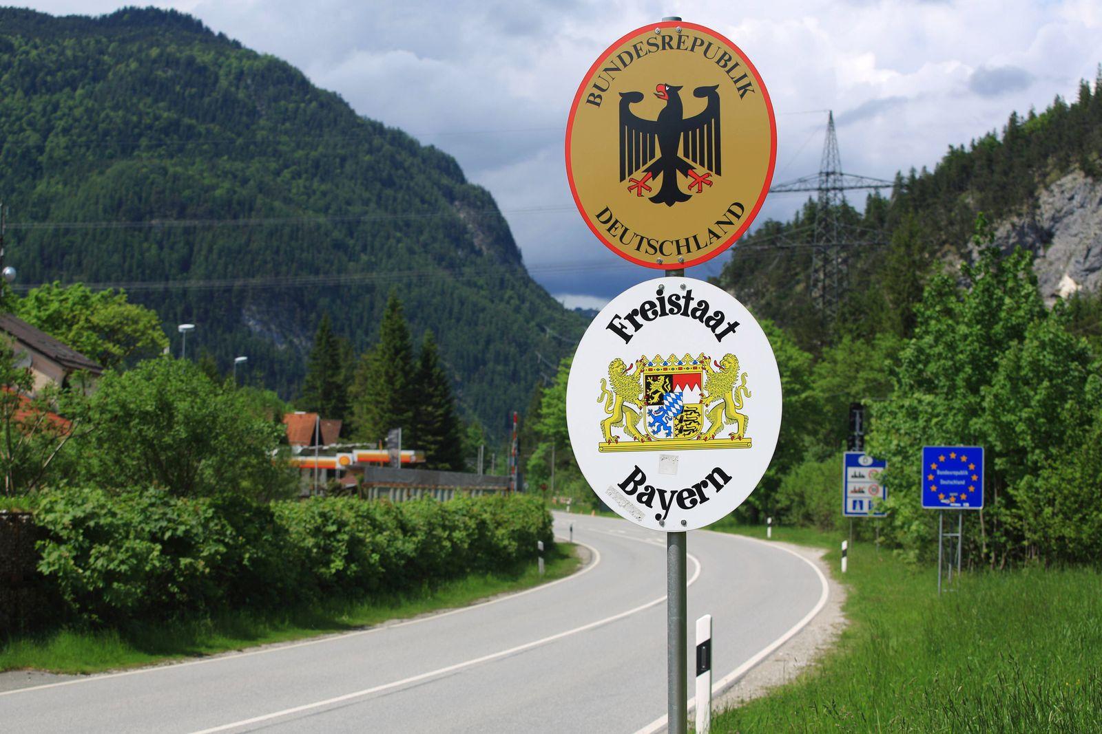 EINMALIGE VERWENDUNG Grenze Deutschland Bayern Österreich