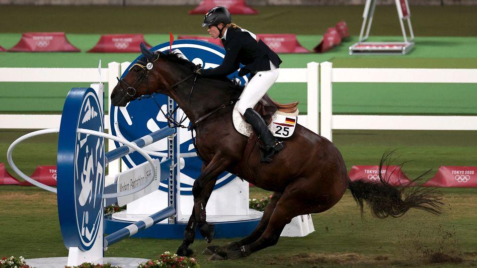 Annika Schleu beim olympischen Wettbewerb