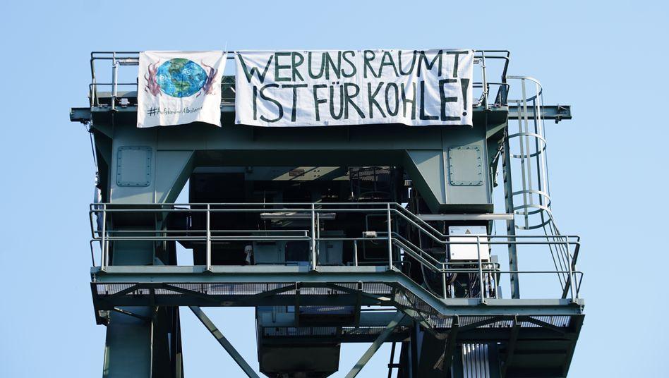 Protestaktion im Kohlekraftwerk von Berlin-Moabit