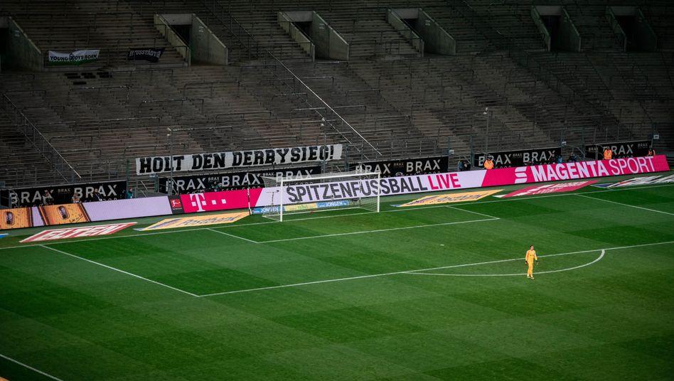 Am 11. März fand das erste und einzige Spiel ohne Zuschauer in der Bundesliga-Geschichte statt: Gladbach empfing Köln