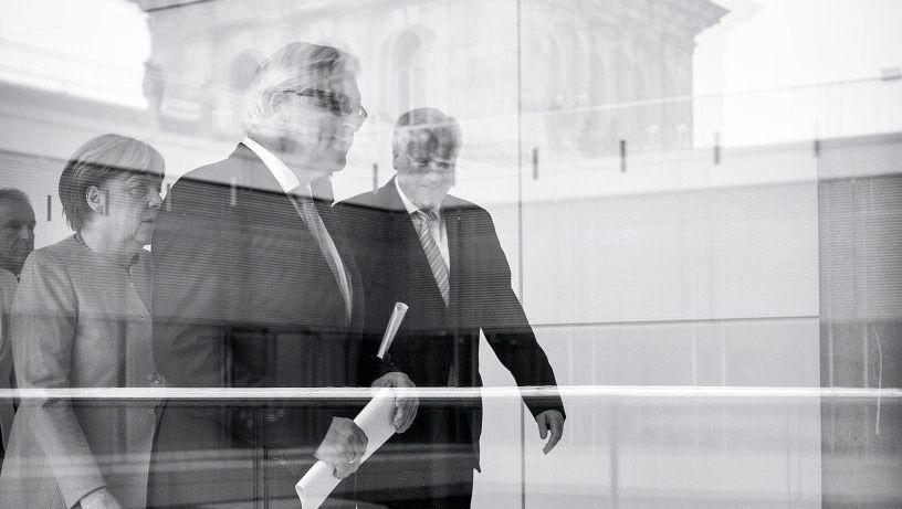 Kandidat Steinmeier, Parteichefs Merkel, Seehofer