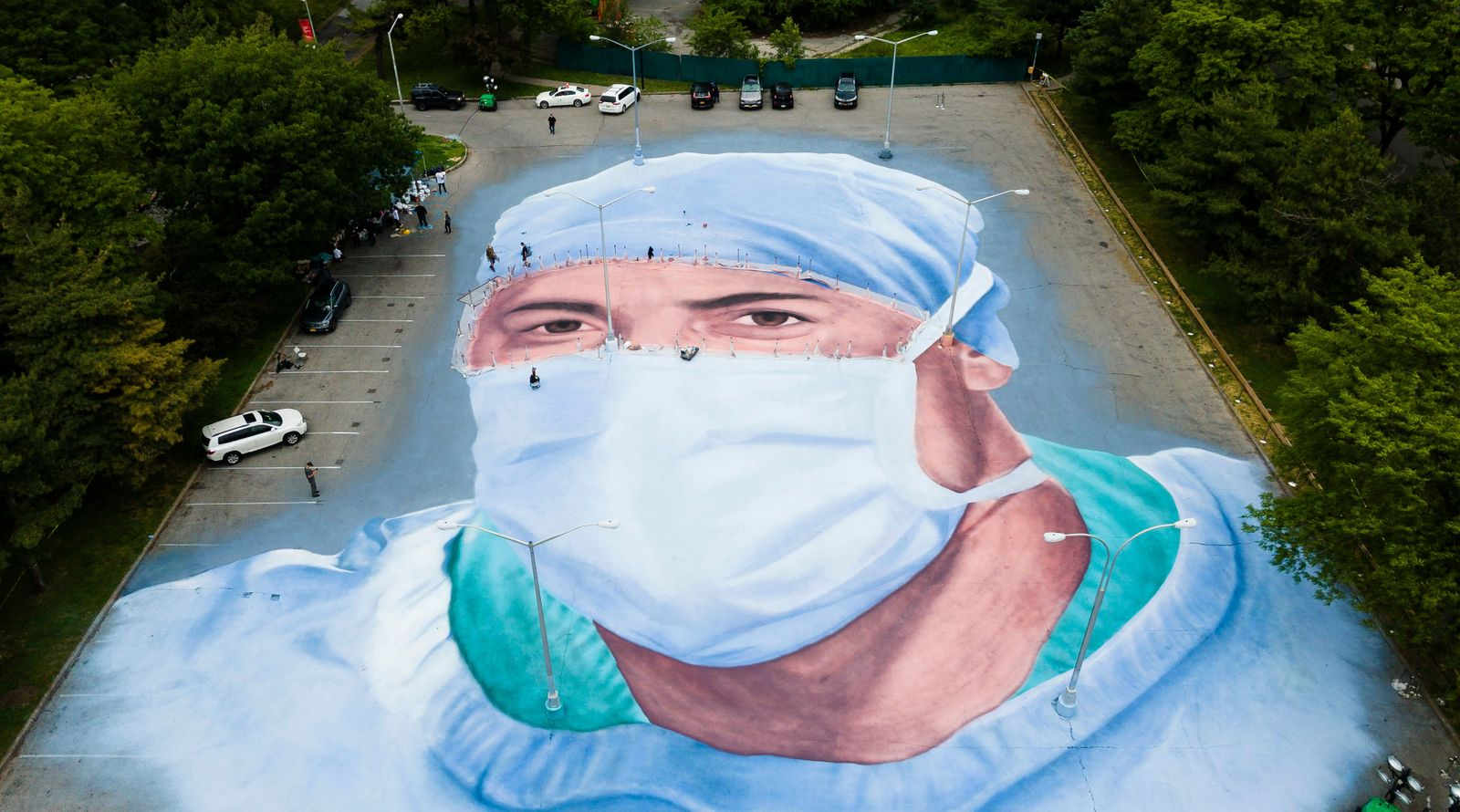 Mural in Honor of COVID-19 Victims and Healthcare Workers in New York, USA - 28 May 2020
