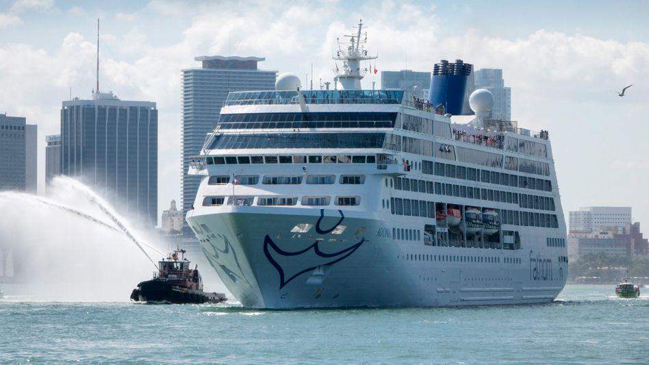 "Kreuzfahrtschiff ""Adonia"" in Miami"