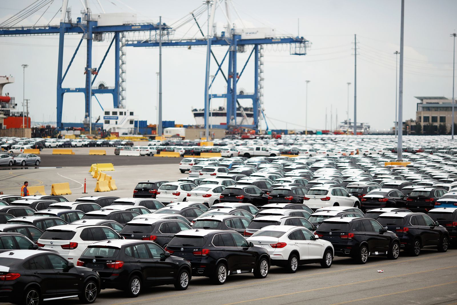 EINMALIGE VERWENDUNG BMW / USA / Export / PORT OF CHARLESTON