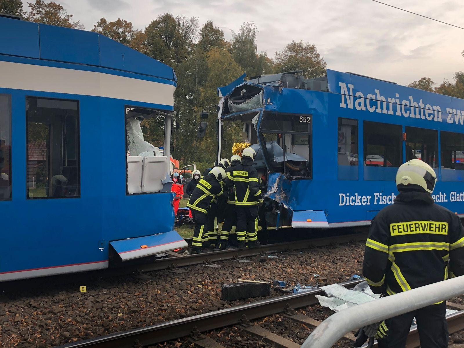 Verletzte bei Straßenbahnkollision in Rostock