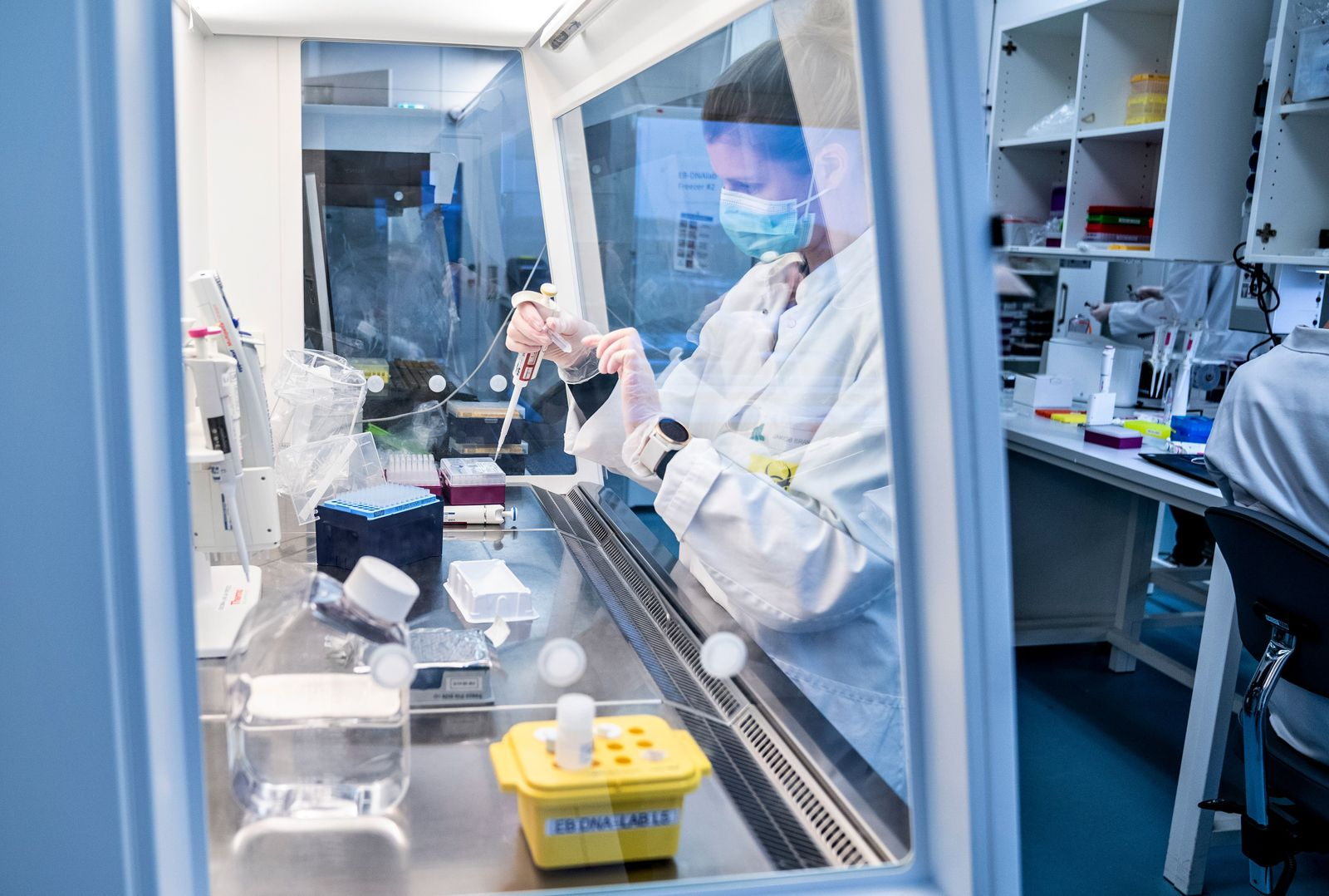 Denmark screening for coronavirus variant, Aalborg - 15 Jan 2021