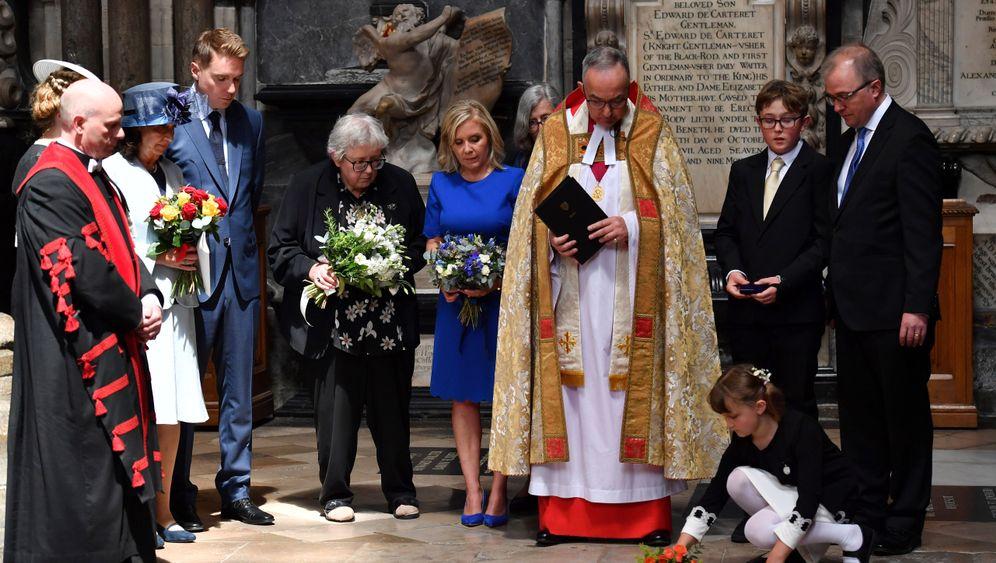 Stephen Hawkings: Letzte Ehre in Westminster Abbey