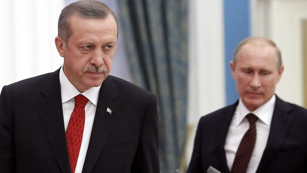 Zwangslandung in Ankara: Waffenteile in syrischem Jet?