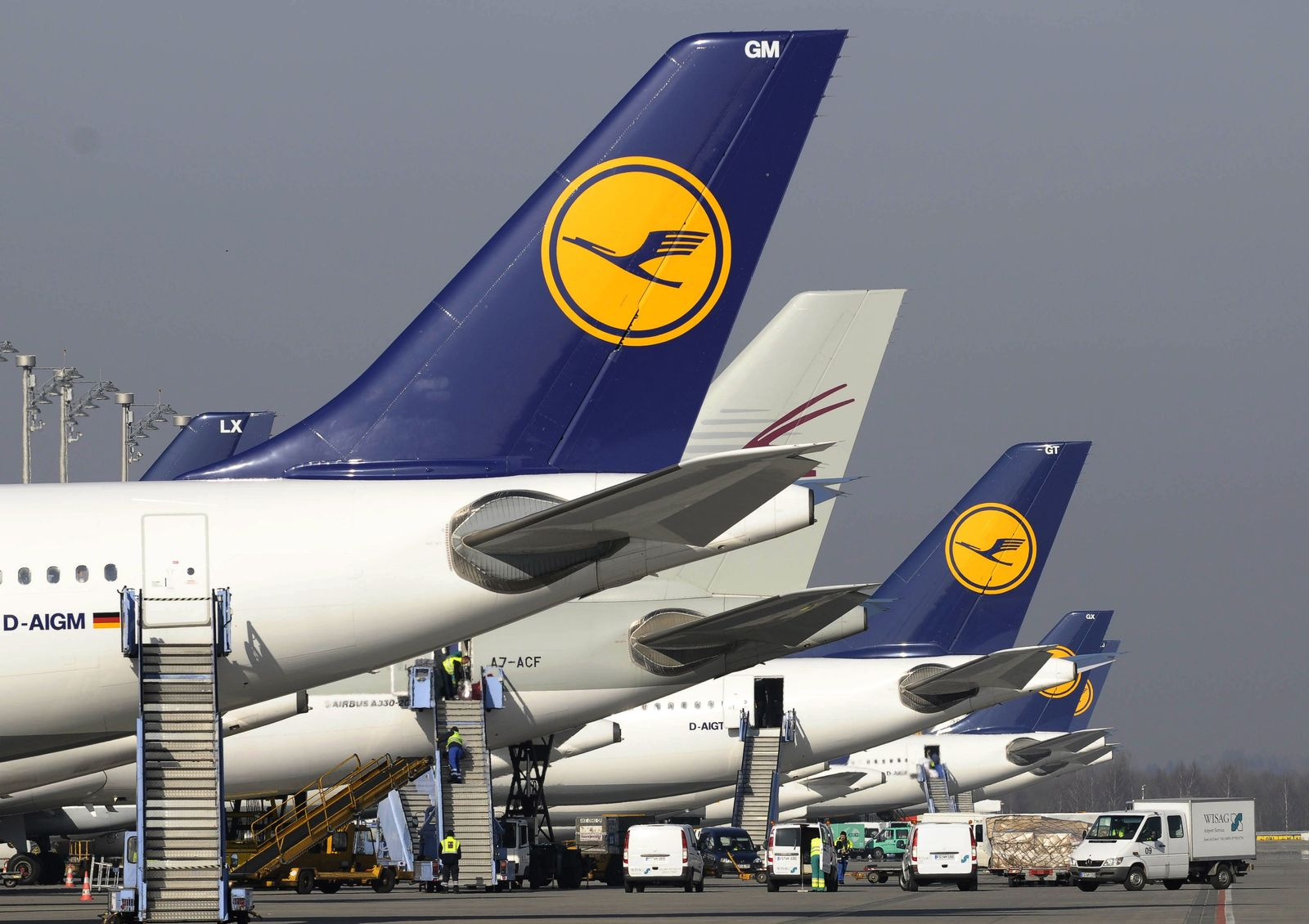 Bodenpersonal / Lufthansa / Rollfeld