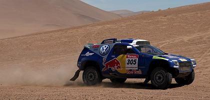 VW-Pilot Viliers mit Beifahrer von Zitzewitz: Auf Kurs Dakar-Sieg