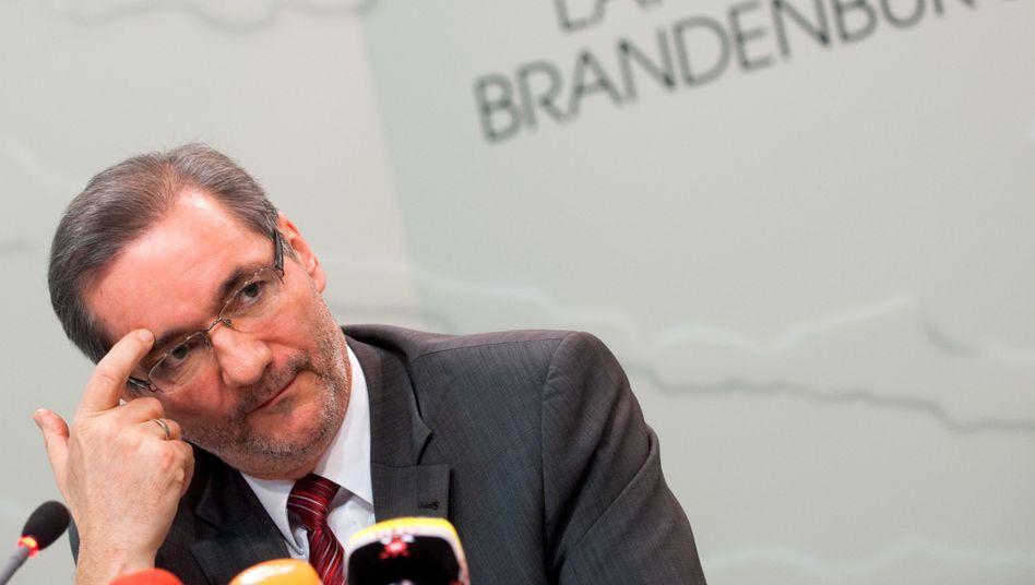 Ministerpräsident Platzeck: Keine Unterstützung aus dem Schäuble-Ressort