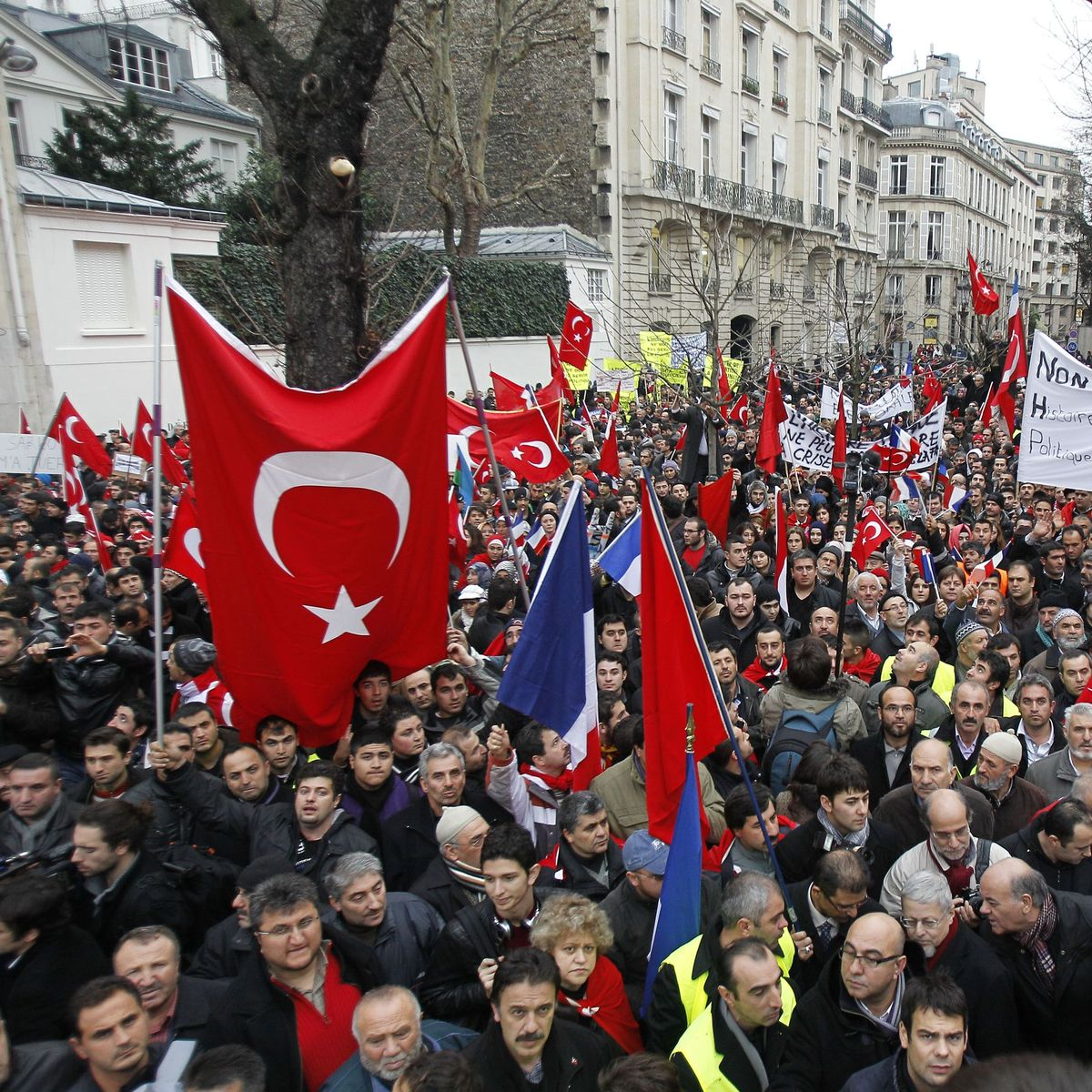 Armenian Genocide Vote: Turkey Withdraws Ambassador from France - DER  SPIEGEL