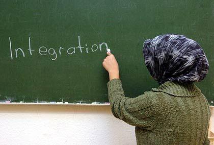 Integration: Ein Schlagwort, das meist Wunsch bleibt