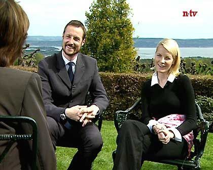 Norwegens Kronprinzenpaar beim Interview mit Sandra Maischberger