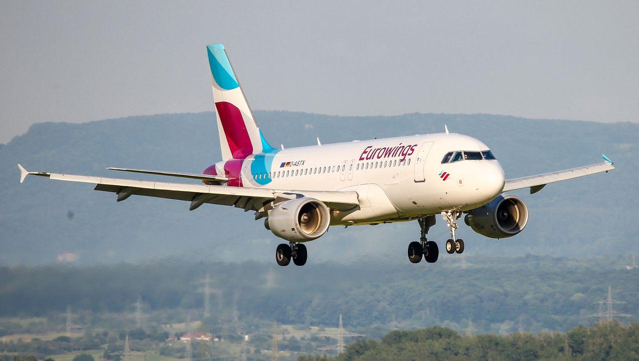 Ersten Ferienflug verpatzt: Eurowings-Flieger muss umkehren - Flughafen war noch geschlossen